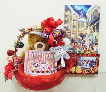 Christmas Gift Basket with Soft Toy and Candy.jpg